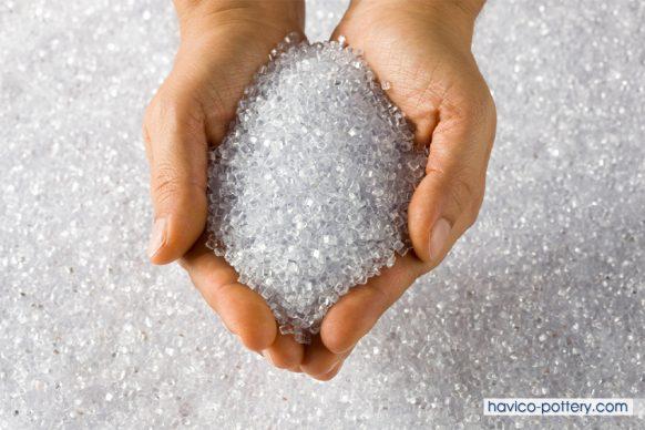 Polyethylene là gì? Những điều cần biết về nhựa PE